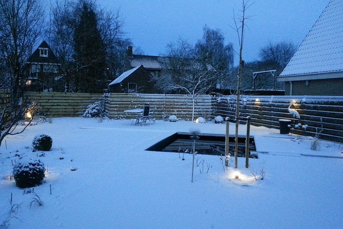 Tuinverlichtingindesneeuw